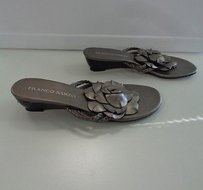 Franco Sarto Leather Wedge Heel Open Toe W Flower B3415 Gray Sandals