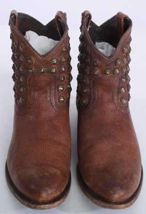 Frye Leather Studded BROWN Boots