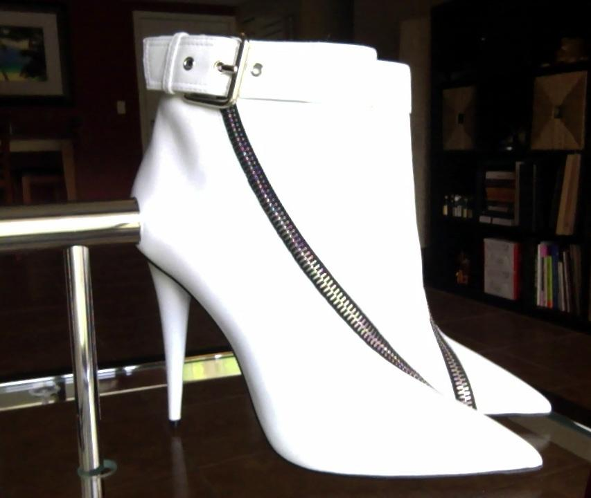 giuseppe zanotti asymetical zipper bottes nous / chaussures taille blanche nous bottes 8,5 étroite (aa, n) 1ac0df