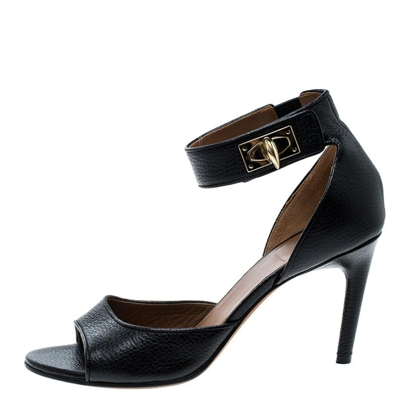 50fee273497c Givenchy Black Leather Sharktooth Ankle Ankle Ankle Wrap Sandals Size EU  37.5 (Approx. US 7.5) Regular (M
