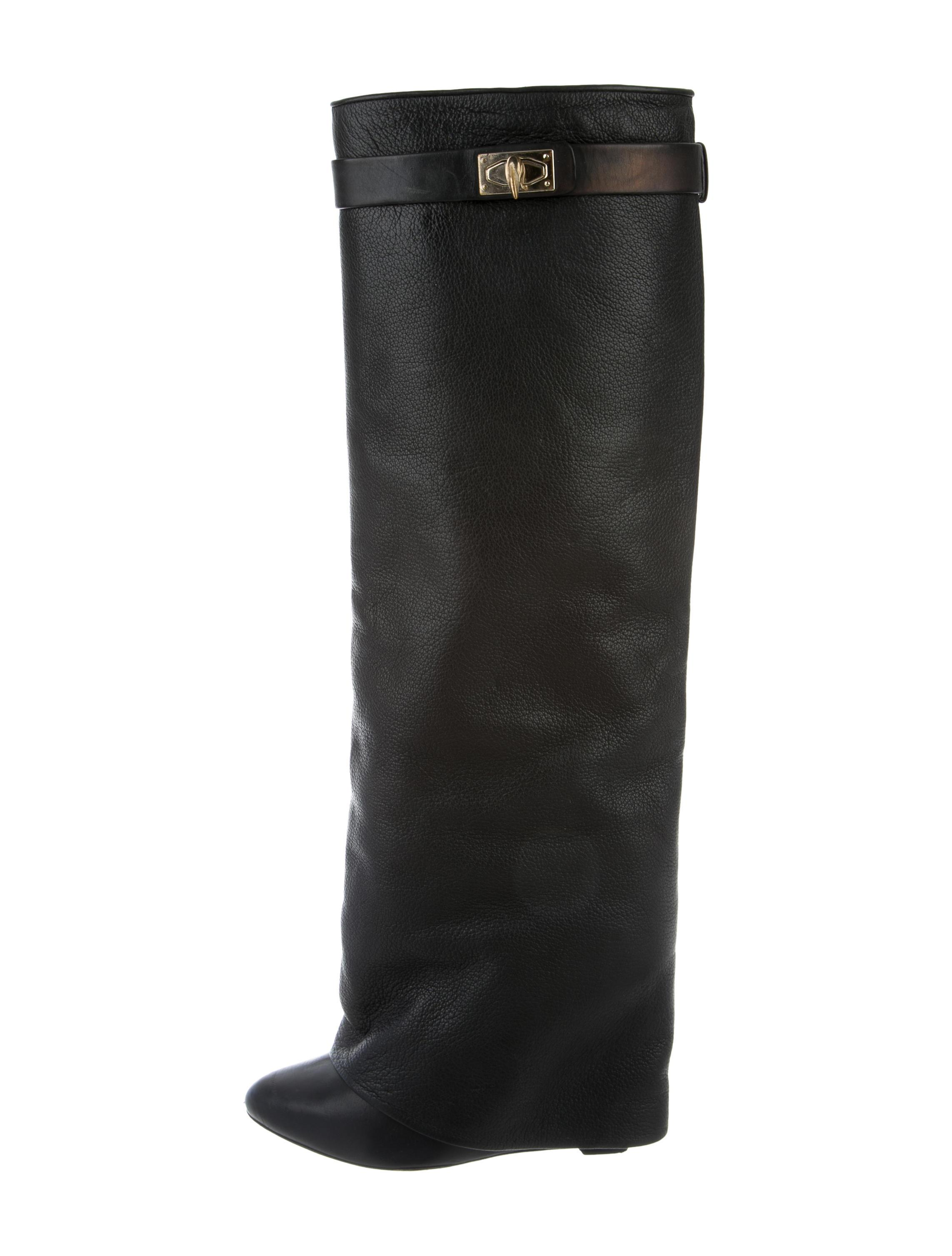 692d120d493e4 Givenchy Black Pebble Lock Fold-over Boots Booties Size Size Size US 8  Regular. Tory Burch Black Fleming Flat Thong - Nappa Leather Sandals ...