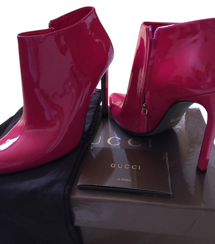 Gucci booties/ designer booties without the designer must sell 2 days only, lots of offers, price tag