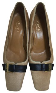 Gucci CAMEL Pumps
