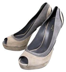 Gucci Suede High Heel Gray Pumps