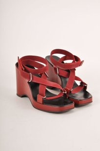 Gucci Dark Red Patent Leather Sandals