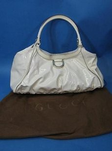 Gucci Patent Leather Satchel in Cream to Pale Yellow