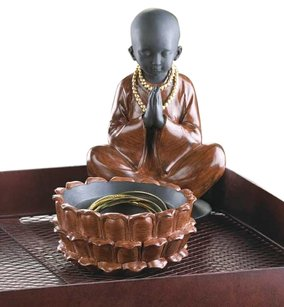 Home Locomotion Sitting Monk Treasure Box