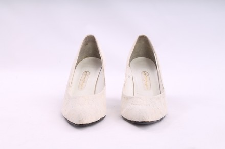 Impo Impo Dye Able Lace Pump Wedding Shoes