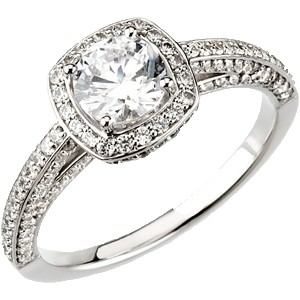 Lumino Lab Created Diamond Engagement