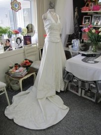 Group Usa & Camille La Vie Christian Michele Style # 5102w Wedding Dress