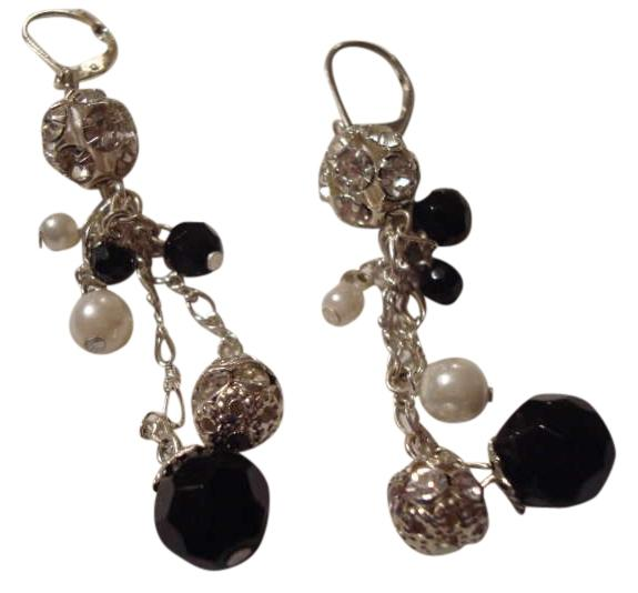 Dress barn black silver and white earrings 46 off for Jewelry accessories for black dress