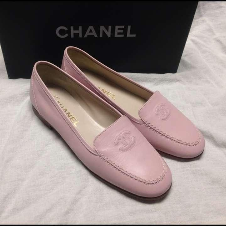 chanel pink flats chanel cc logo pink flats loafers size 5