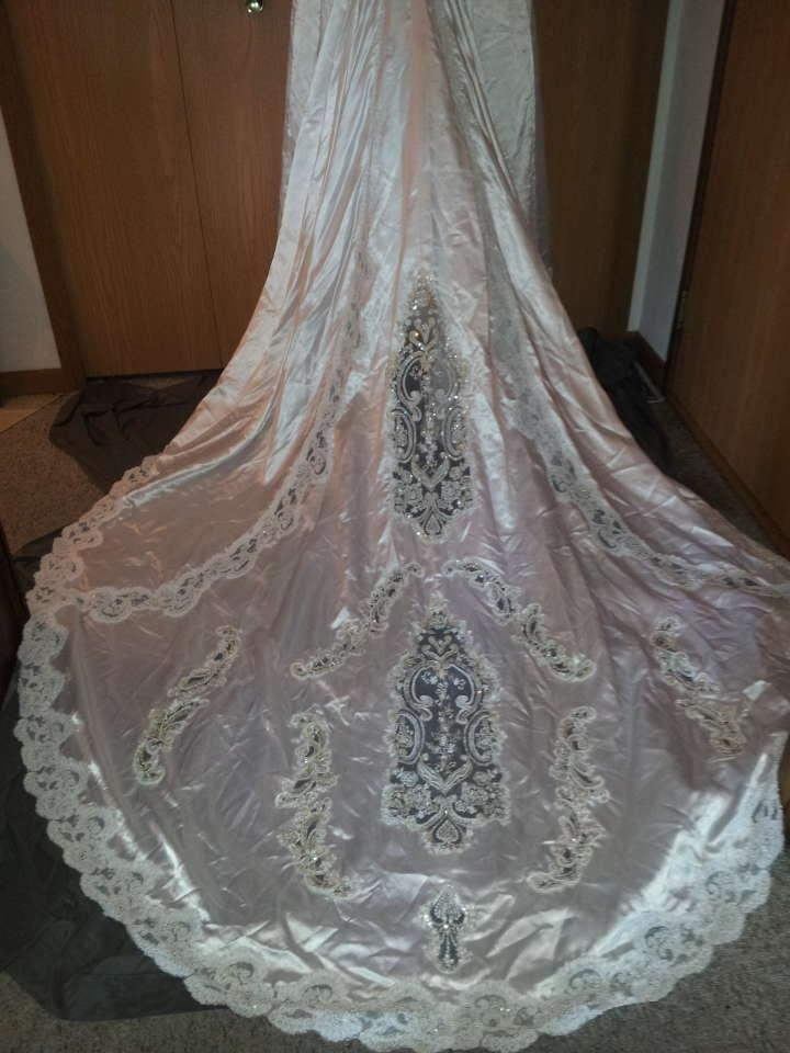 Demetrios Wedding Dresses Prices : Demetrios wedding dress tradesy weddings
