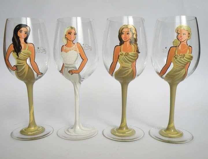 Bridal party wine or champagne glasses bridesmaids gift personalized