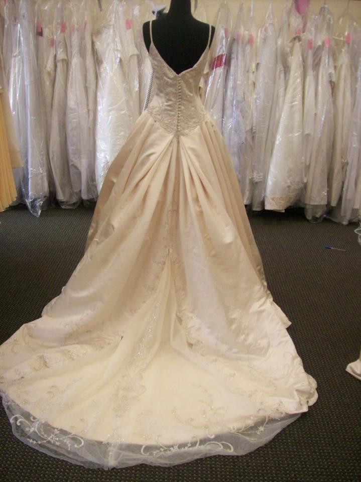 jasmine wedding dresses