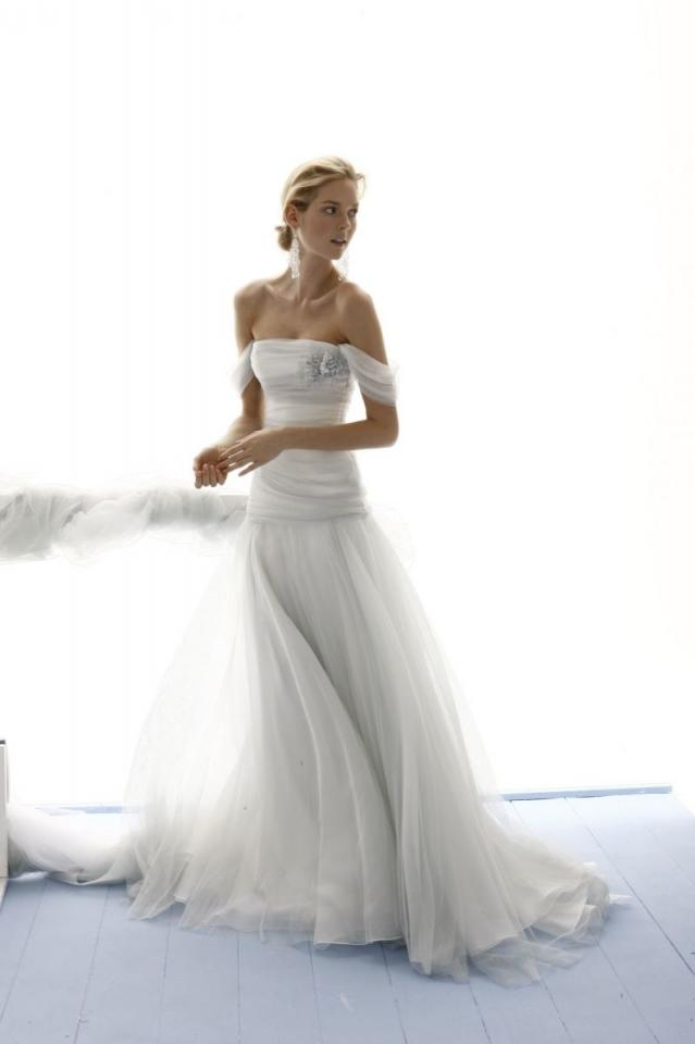 301 moved permanently for Le spose di gio wedding dress
