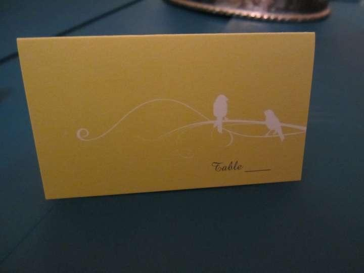 70 Blank Yellow Place Cards With White Bird