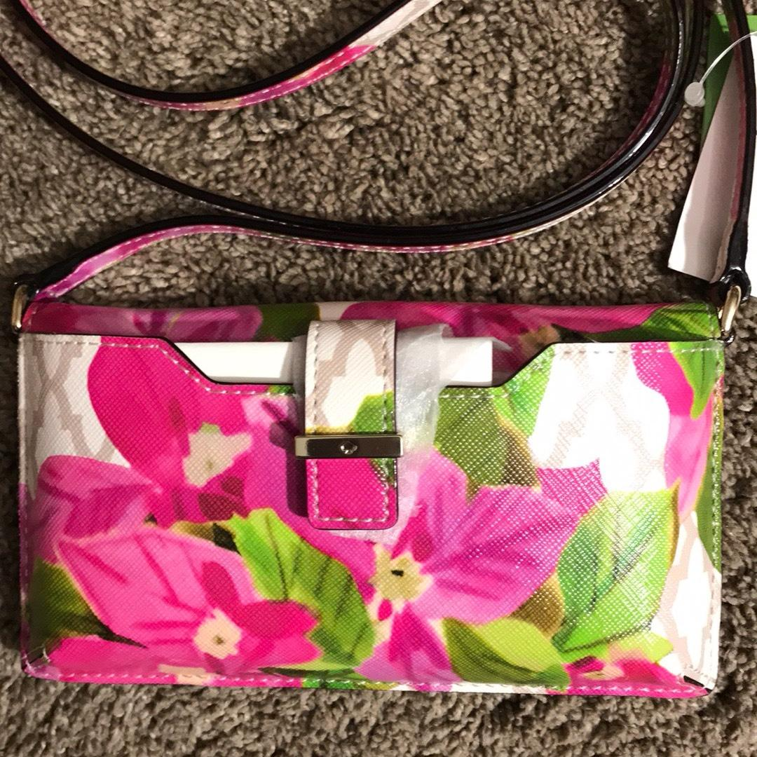 Kate Spade Floral Saffiano Faux Leather Bayard Place Iphone Case Cross Body Bag - Tradesy