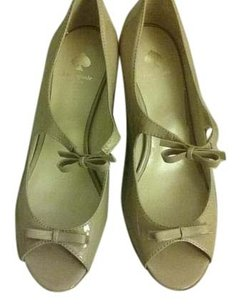 Kate Spade Nude Patent Leather Peep Toe Bow New tan Pumps