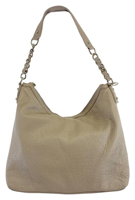 Shop women's shoulder bags at erawtoir.ga Discover a stylish selection of the latest brand name and designer fashions all at a great value.