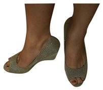 Kelly & Katie Peep Toe Irridescent gold/silver Wedges