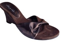 Kenneth Cole Brown Wedges