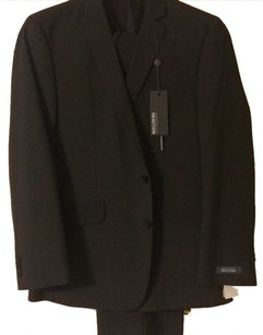 Kenneth Cole Kenneth Cole Two Piece Suit 42R (Men)