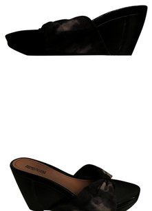Kenneth Cole Reaction Suede Multi Wedges