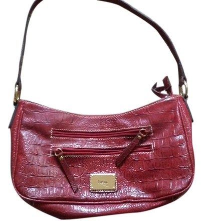 Preload https://item3.tradesy.com/images/liz-and-co-reptile-print-red-black-leather-faux-shoulder-bag-5579872-0-0.jpg?width=440&height=440