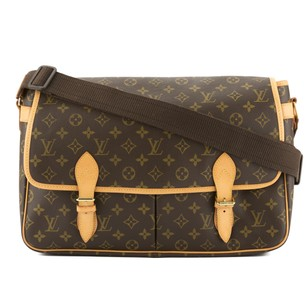 Louis Vuitton 3352005 Messenger Bag