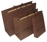 Louis Vuitton Authentic Louis Vuitton shopping bag.