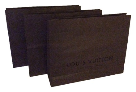 Preload https://item3.tradesy.com/images/louis-vuitton-brown-paper-shopping-bags-3-6178027-0-0.jpg?width=440&height=440