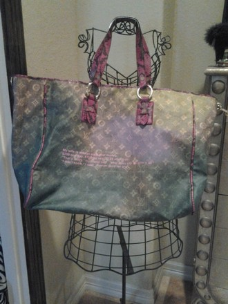 Louis Vuitton Canvas Leather Monogram Tote in Green, Pink