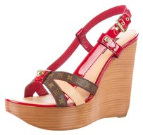 Louis Vuitton Red Tan Leather Red, Brown Sandals