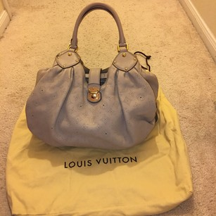 Louis Vuitton Tote in Sable ( Nude )