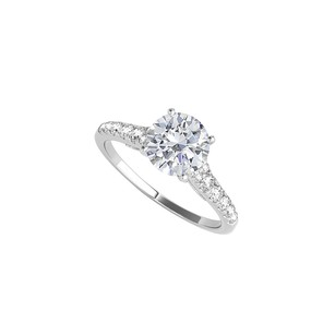 LoveBrightJewelry Round Cubic Zirconia Engagement Ring 1.25 Ct Tgw
