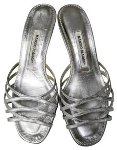 Manolo Blahnik Leather silver metallic Mules