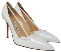 Manolo Blahnik Pointed Toe White Pumps