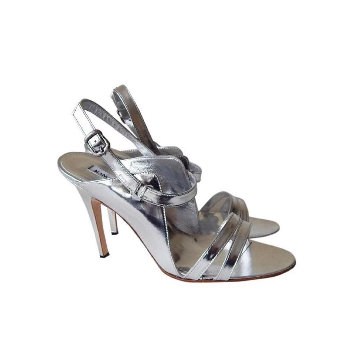 Manolo Blahnik Dodo Patent Leather Sandals cheap lowest price cheap sale best place websites cheap sale pay with visa buy cheap pay with paypal I6GyIKB