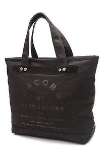 Marc Jacobs Canvas Tote in Black