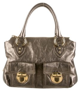 Marc Jacobs Satchel in Metallic Brown