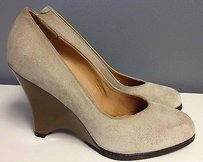 Marni Nude Suede Rounded Toe Brown Heel Casual B2345 Beige Pumps