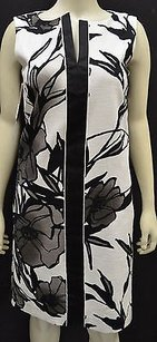 Max Mara short dress Whites Hiris Whiteblkgrey Floral Macro Flower Shift 120651mm on Tradesy