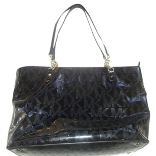 Michael Kors Jet Set Chain Tote in Black