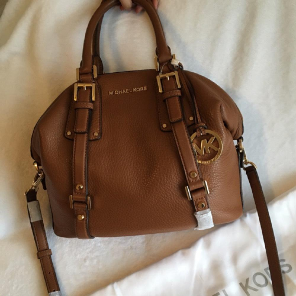 8ab34a08abdb ... promo code michael michael kors bedford belted satchel brown leather  cross body bag tradesy 2200c 347df ...