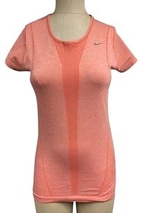 Nike Nike Womens Coral Short Sleeve Stretch Textured Athletic T Shirt Sma12190