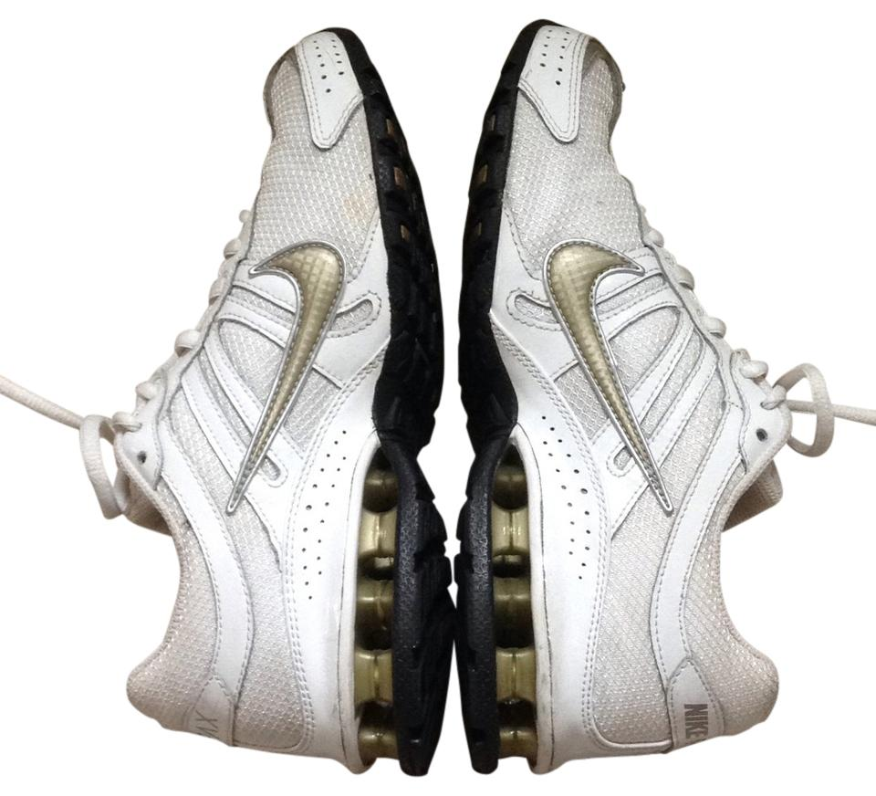 Nike White with gold trim Athletic. Nike White with Gold Trim Sneakers Size  US 7.5 Regular (M, B)