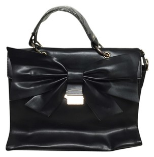 Nila Anthony Satchel in Black