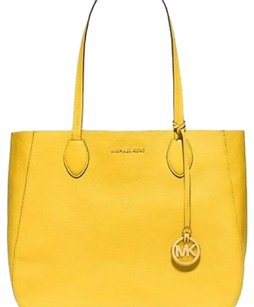 NWT MICHAEL KORS Leather Reversible Large Mae Tote Sunflower Yellow White Gold Tote