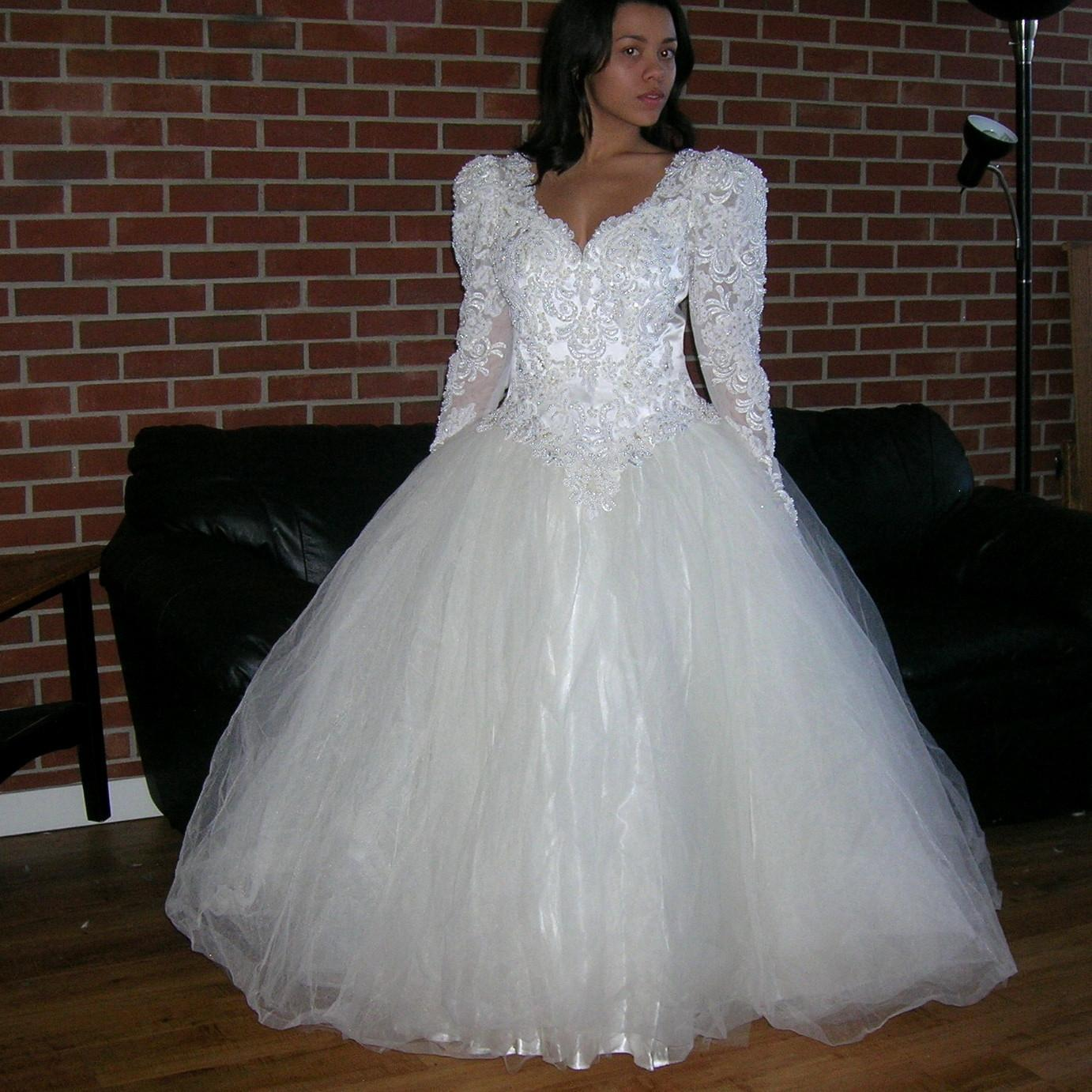 Off White/Cream Satin Vintage Beaded Sequin Lace Bridal Ball Gown Feminine Wedding  Dress Size ...